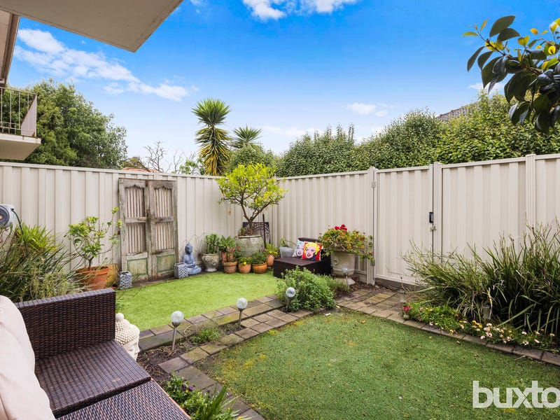 2/6 Dulcie Grove, Bentleigh, Vic 3204