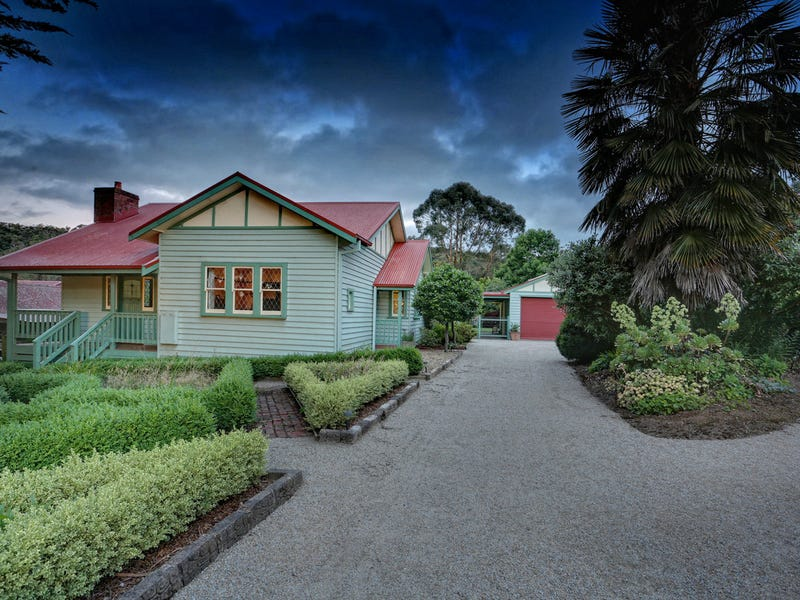 17 Meadowview Lane, Emerald, Vic 3782