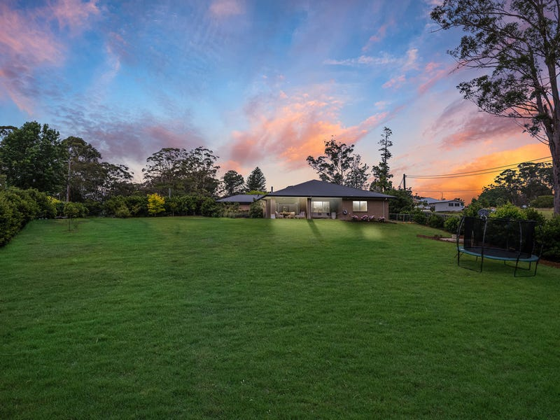 71 Serpentine Road, Erina Heights, NSW 2260