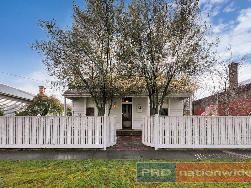 119 Crompton Street, Soldiers Hill, Vic 3350