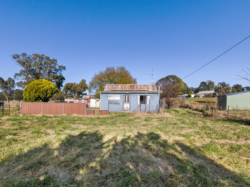 13 Playfair St, Bowning, NSW 2582