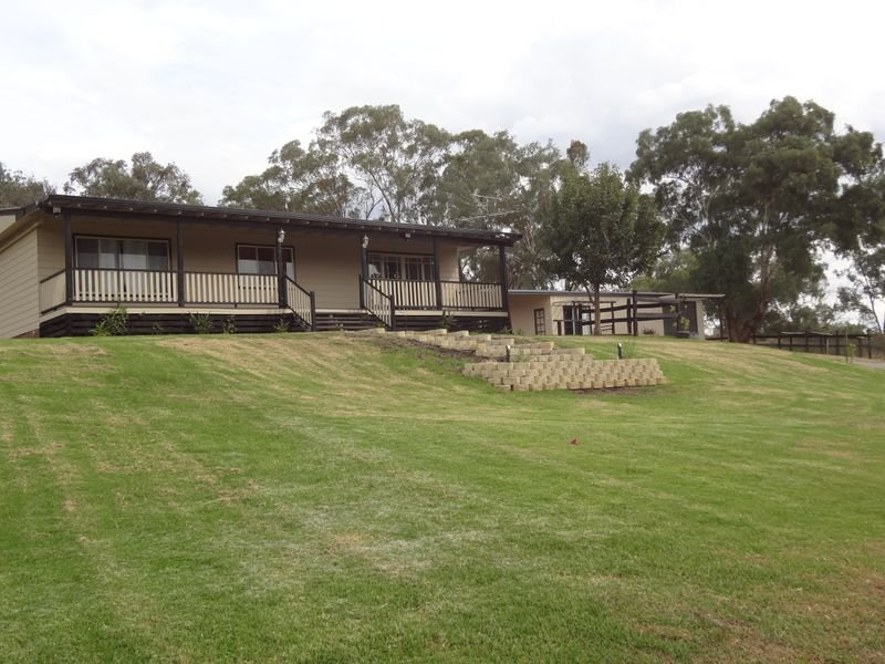 576 Back Kootingal Road, Kootingal, NSW 2352