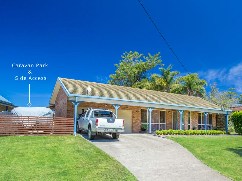 90 Princes Highway, Lake Tabourie, NSW 2539