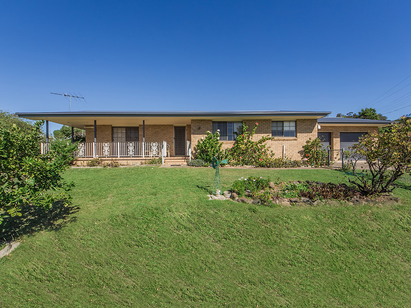 11 PHIPPS ROAD, Vernor, Qld 4306