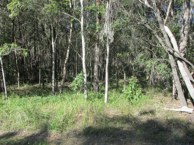 74 High Central Road, Macleay Island, Qld 4184