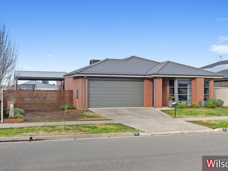 42  Normlyttle Parade, Miners Rest, Vic 3352