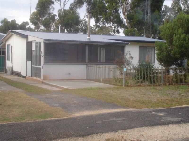 9 Emu Springs Road, Tintinara, SA 5266