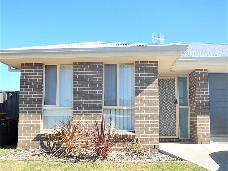 16 Chichester Road, Sussex Inlet, NSW 2540