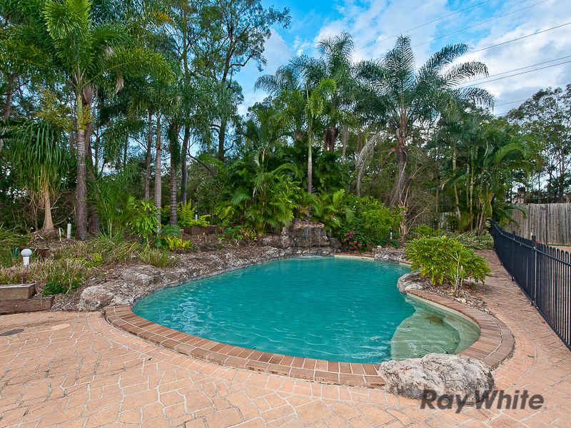 13 St Georges Court, Albany Creek, Qld 4035