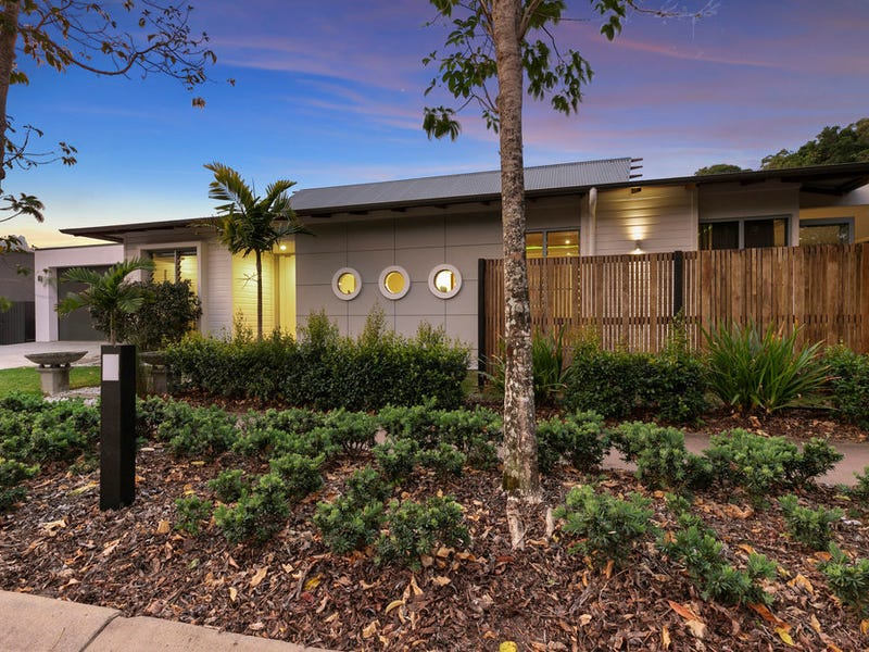 8 Bennets Ash Rd, Noosa Heads, Qld 4567