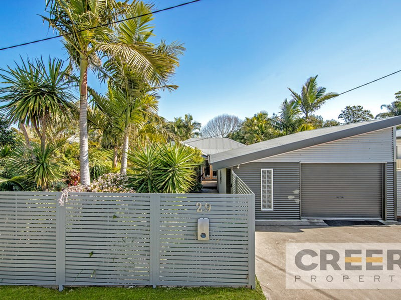 29 Lake Road, Fennell Bay, NSW 2283