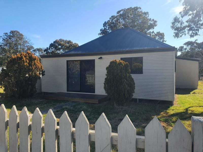 13 Inverell Road, Emmaville, NSW 2371