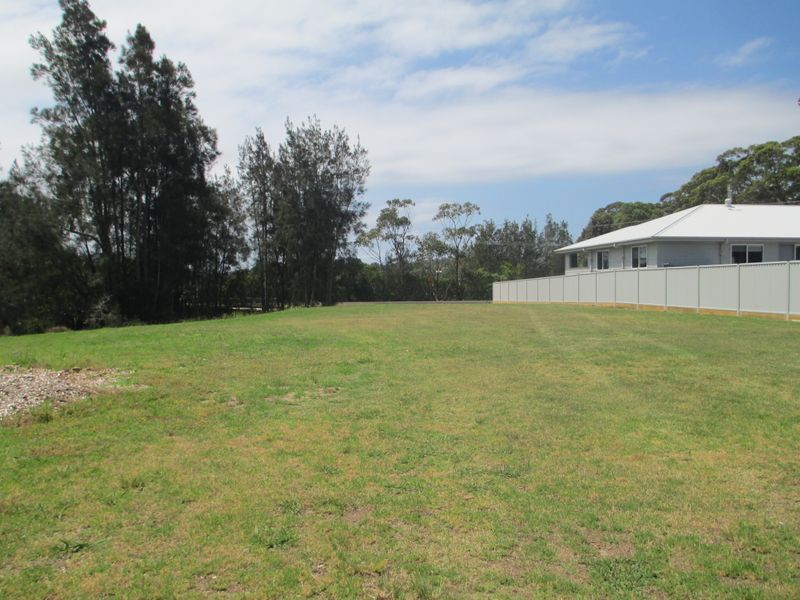 3A Native Way, Moruya Heads, NSW 2537