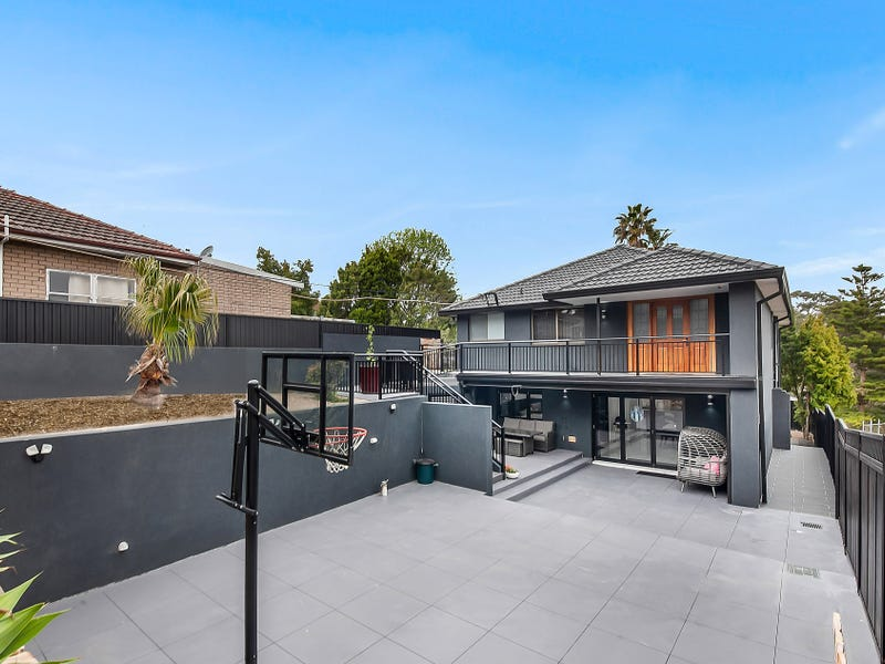 770 Henry Lawson Drive, Picnic Point, NSW 2213