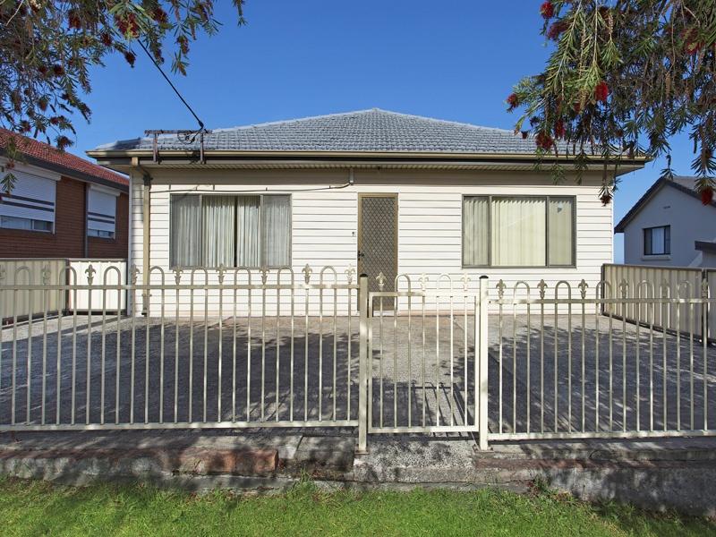 5 Barina Avenue, Lake Heights, NSW 2502