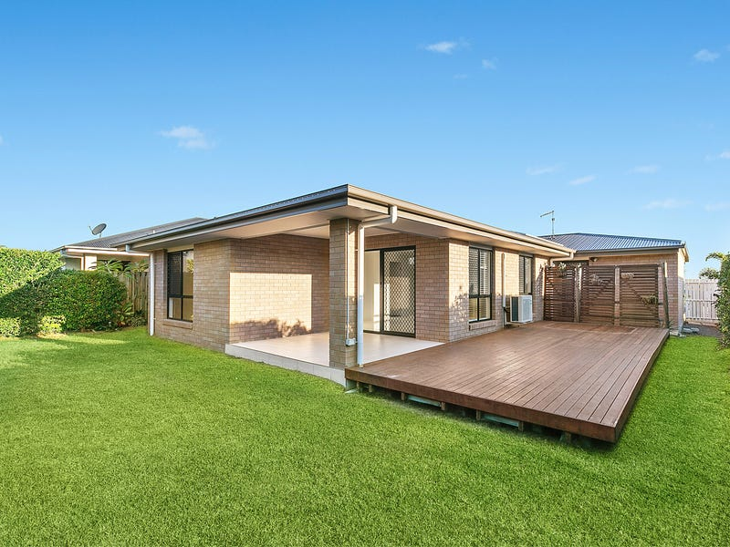 108 Springfield Drive, Norman Gardens, Qld 4701