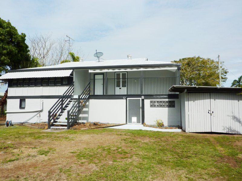 8 Harbour Esplanade, Burnett Heads, Qld 4670