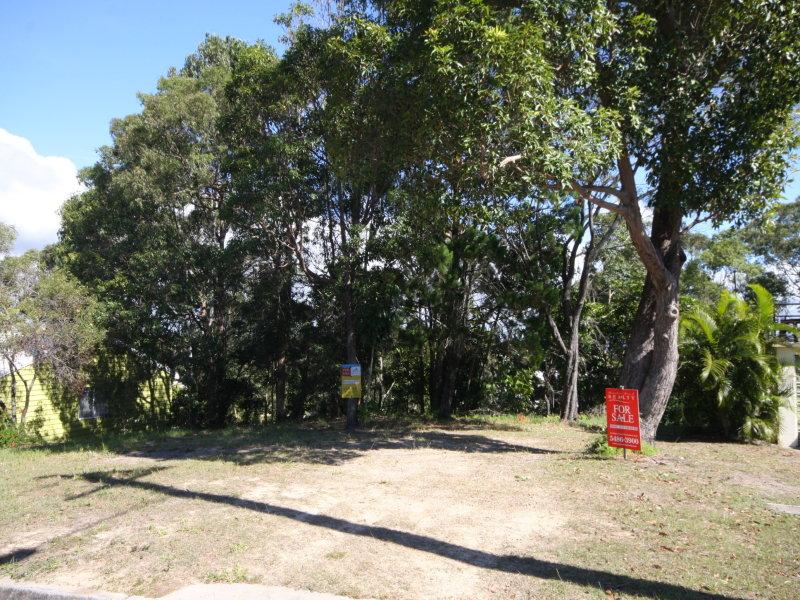 25 Cooloola Drive, Rainbow Beach, Qld 4581