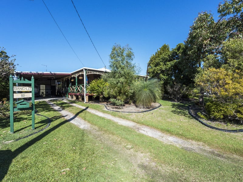 18 Micalo Street, Iluka, NSW 2466