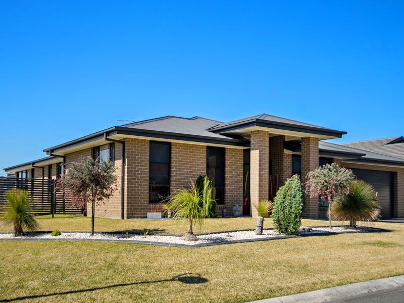 28 Massie Crescent, Tuncurry, NSW 2428