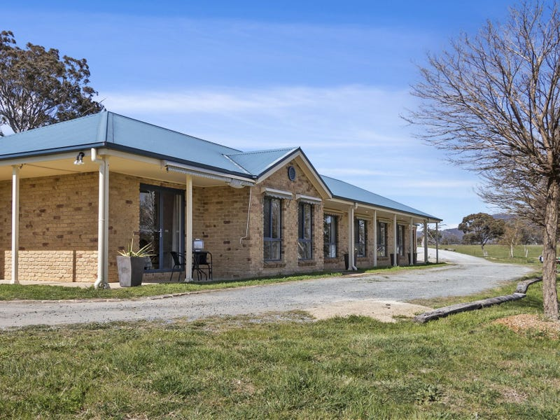 37 Mates Drive, Royalla, NSW 2620