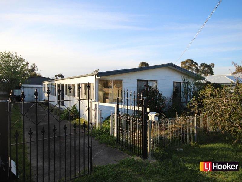 18 Bantering Bay Road, Coronet Bay, Vic 3984
