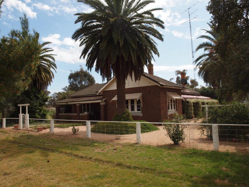 - 'Askham', Ariah Park, NSW 2665