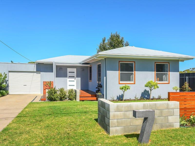 7 Waggon Road, Victor Harbor, SA 5211