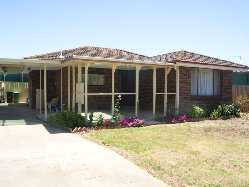 Unit 2/77 Landy Street, Maffra, Vic 3860