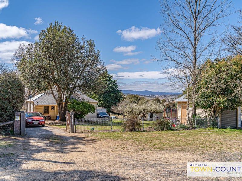 11 School Road, Wollomombi, NSW 2350