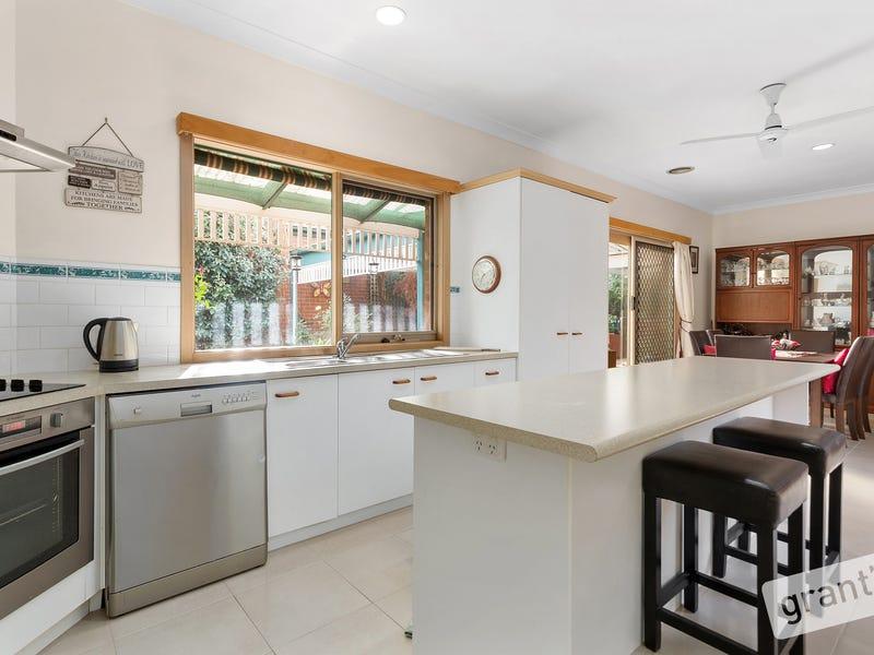 4 Adelaide Close, Berwick