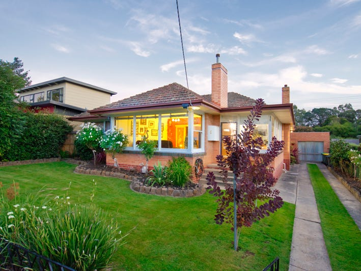 6 Melbourne Road, Brown Hill, Vic 3350