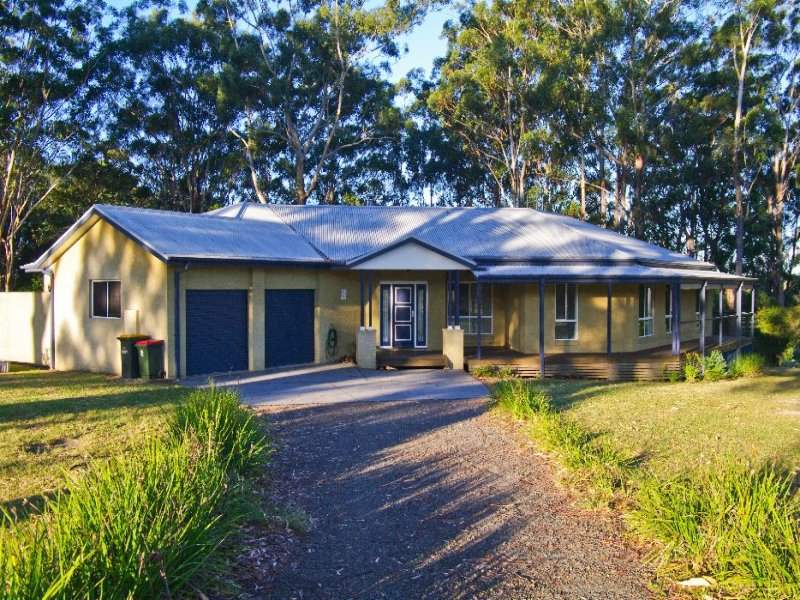 21 Kenno Place, Crescent Head, NSW 2440