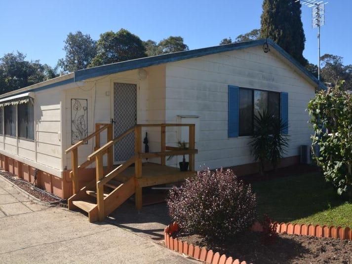 14 Yarralumla Crescent, Tomakin, NSW 2537