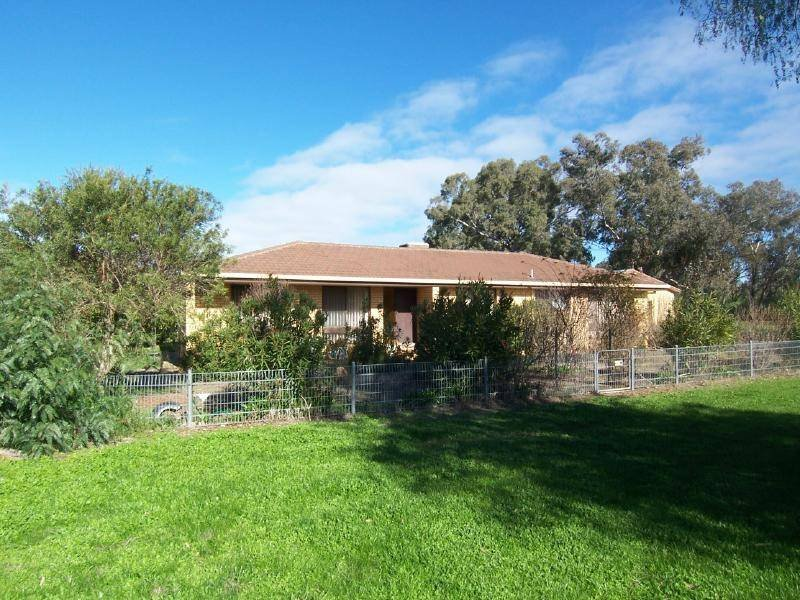 17 Cambria Street, Stockinbingal, NSW 2725
