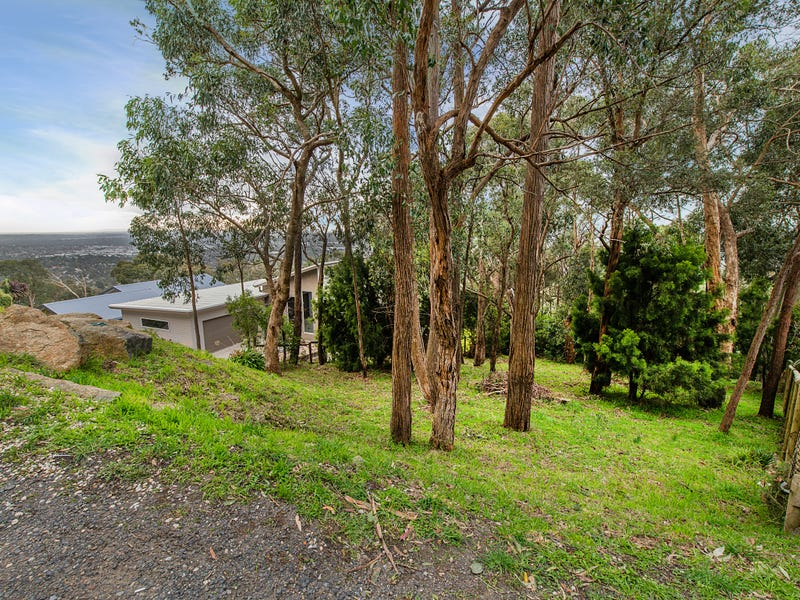 83 Bayview Crescent, The Basin, Vic 3154