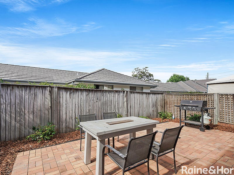 2/261 Brisbane Water Drive, West Gosford, NSW 2250