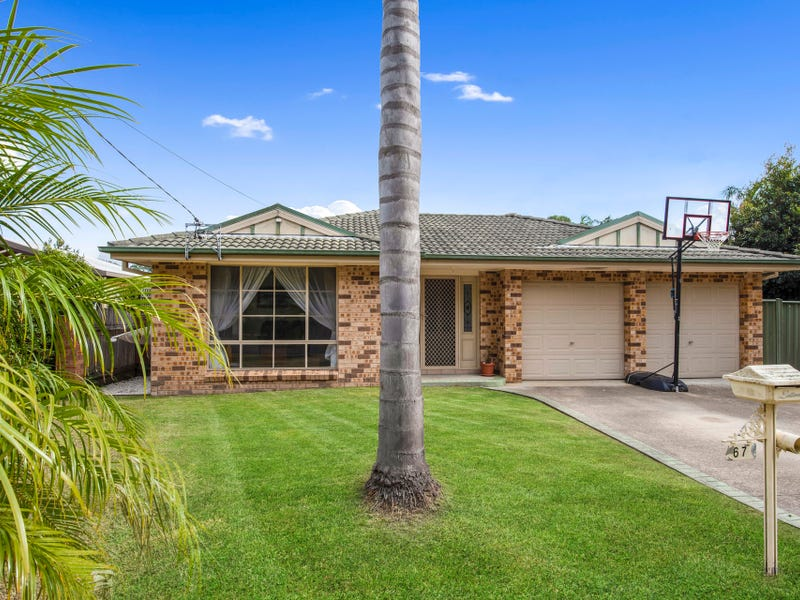67 River Road, Lake Tabourie, NSW 2539