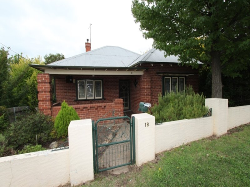18 Blandford Street, Bathurst, NSW 2795