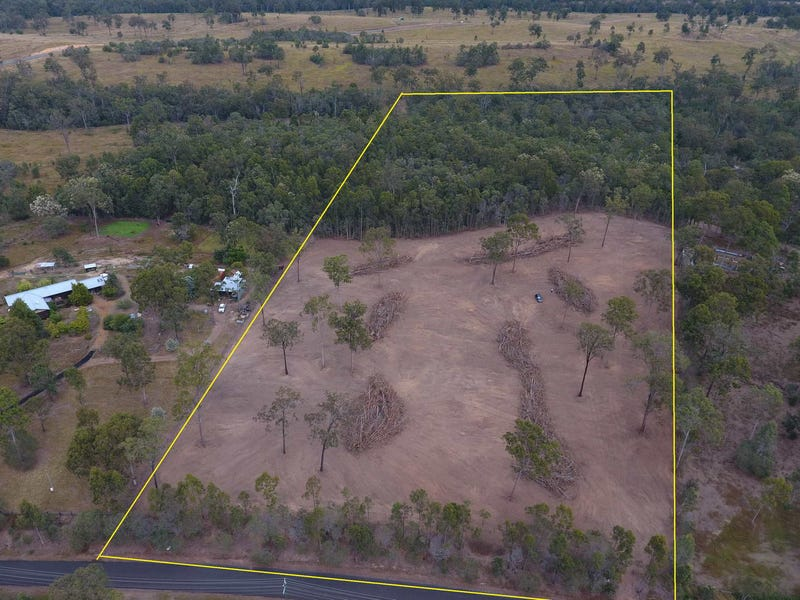 40 Nottingham Drive, Mount Hallen, Qld 4312