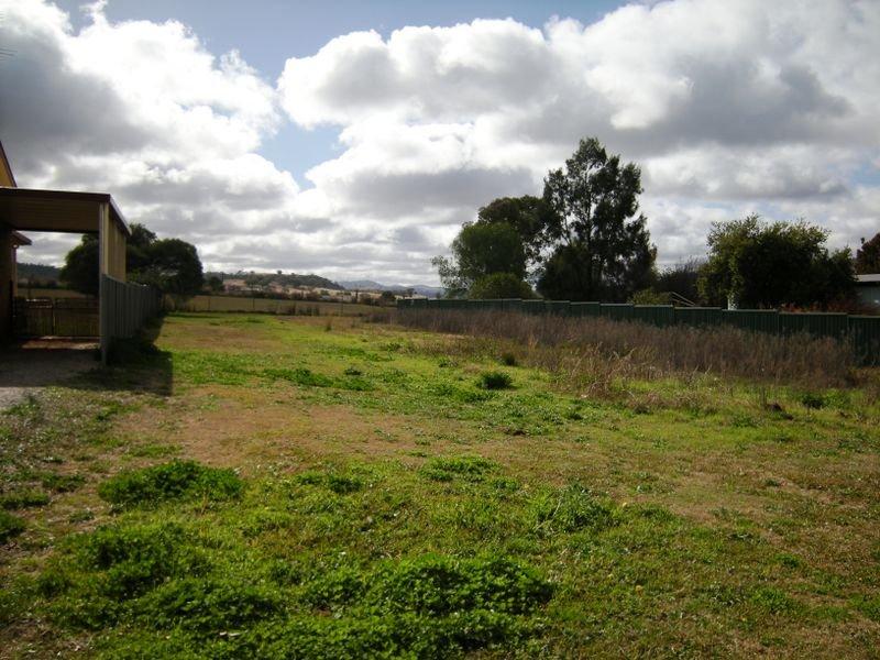4 Neal Lane, Attunga, NSW 2345