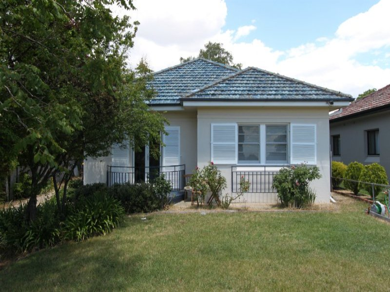 122 Mitre Street, Bathurst, NSW 2795