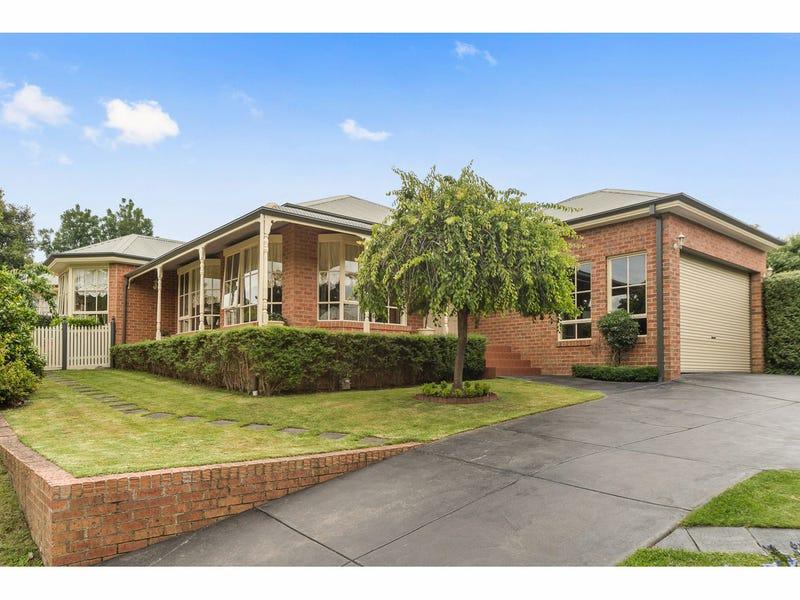 11 Balmoral Court, Frankston South, Vic 3199