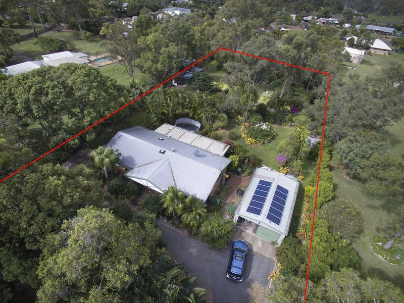 18 Aquamarine Road, Branyan, Qld 4670