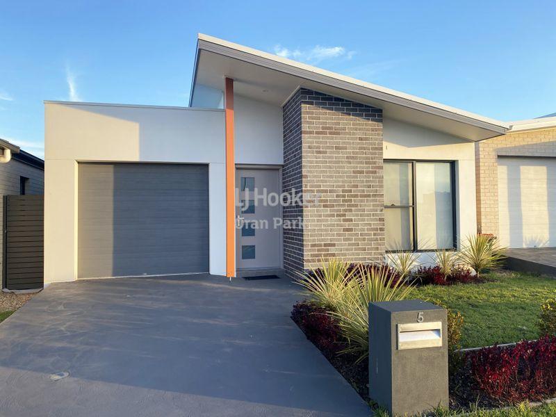 5 Crop Street, Oran Park, NSW 2570