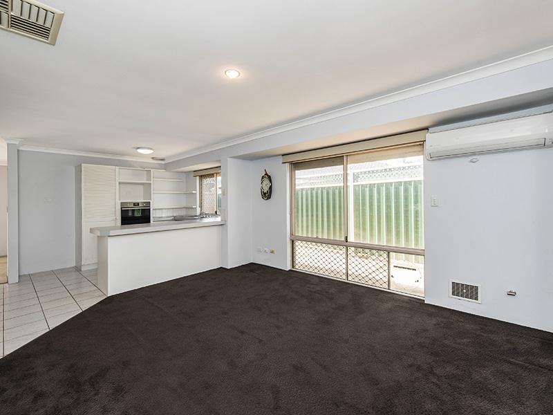 5a Ardmore Court, Meadow Springs