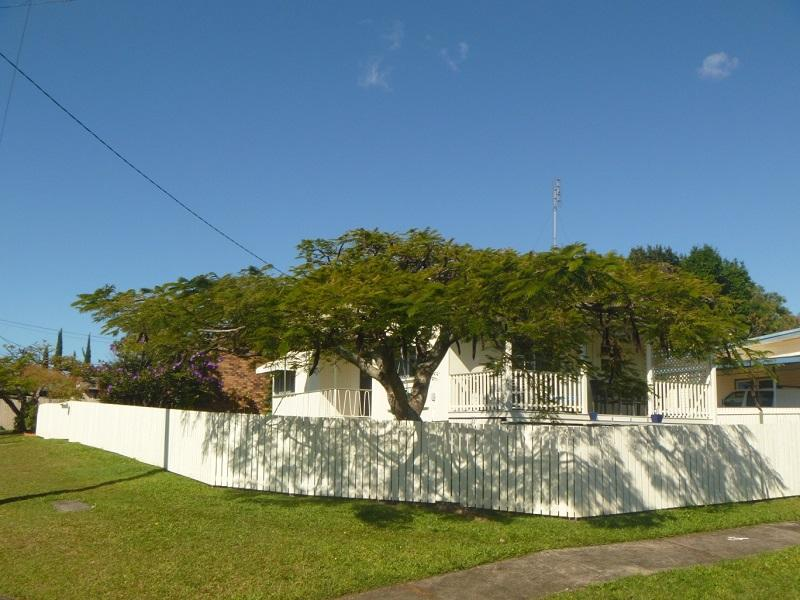 68 Deakin Avenue, Southport, Qld 4215