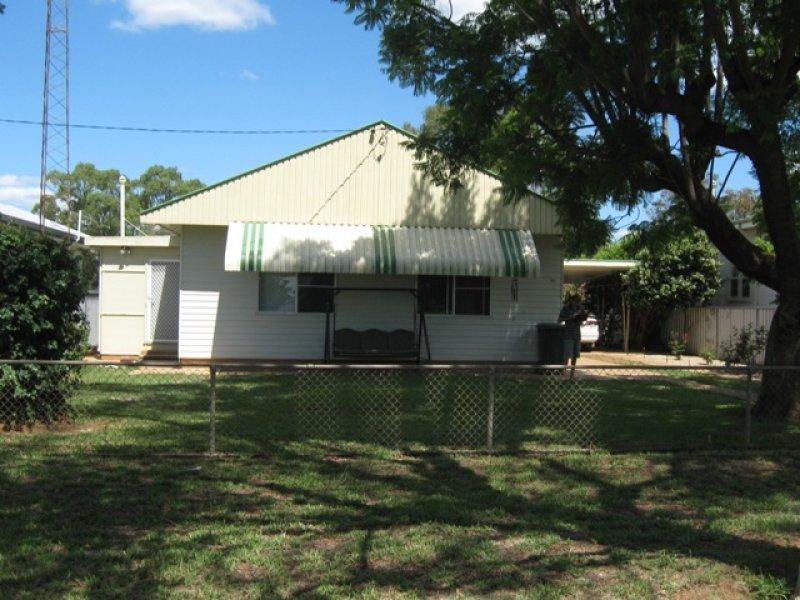 60 Hoskins St, Nyngan, NSW 2825
