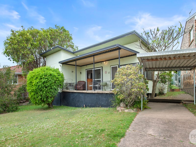 2 Cessnock Road, Sunshine, NSW 2264