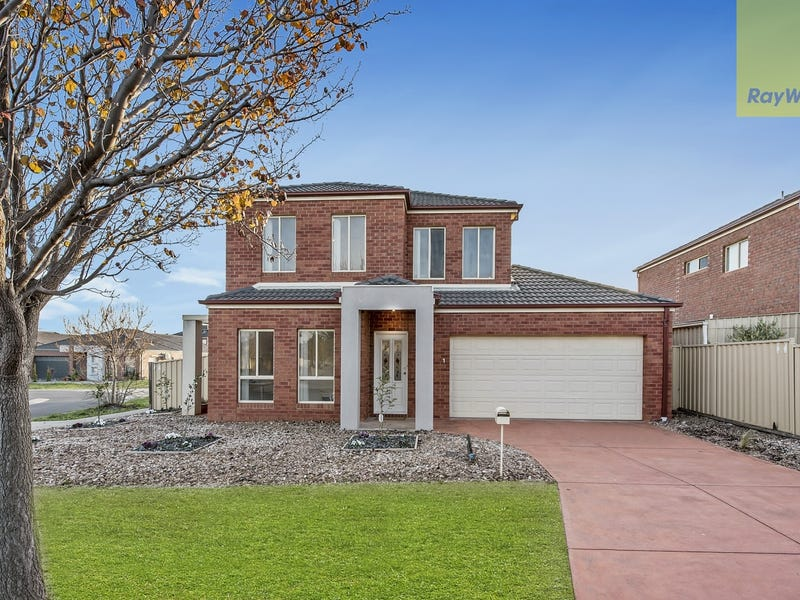 1 Kings Domain, Caroline Springs, Vic 3023